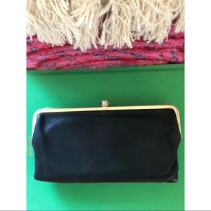 Hobo Lauren Double Frame Clutch Black & Gold